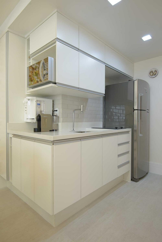 Кухня маленькой квартиры в Копакабане