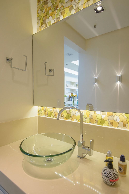 Ванная маленькой квартиры в Копакабане