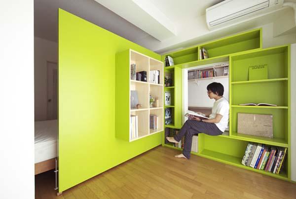 Офисная зона в спальне