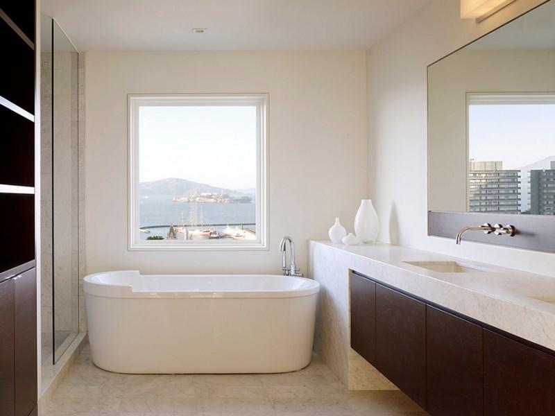 Интерьер панорамной ванной