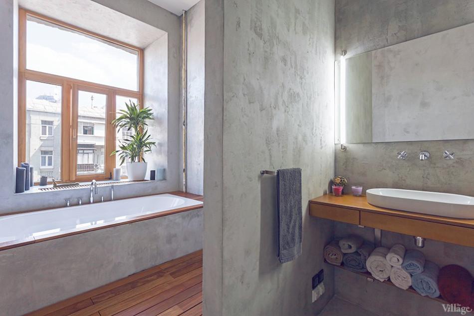 Просторная ванная комната в однокомнатной квартире