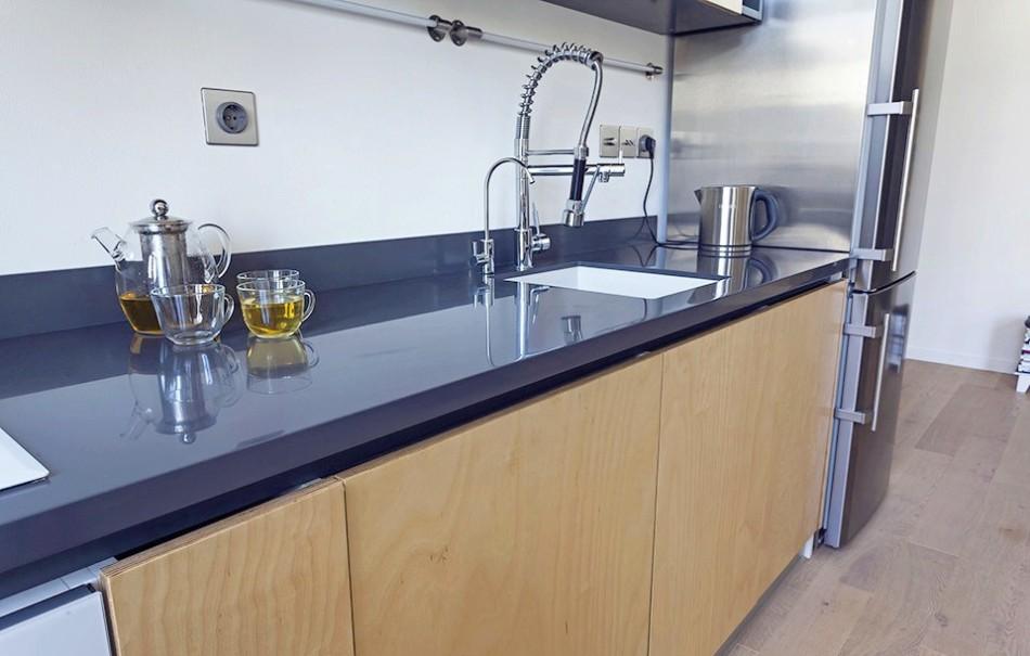 Кухонные аксессуары и удобный кухонный кран