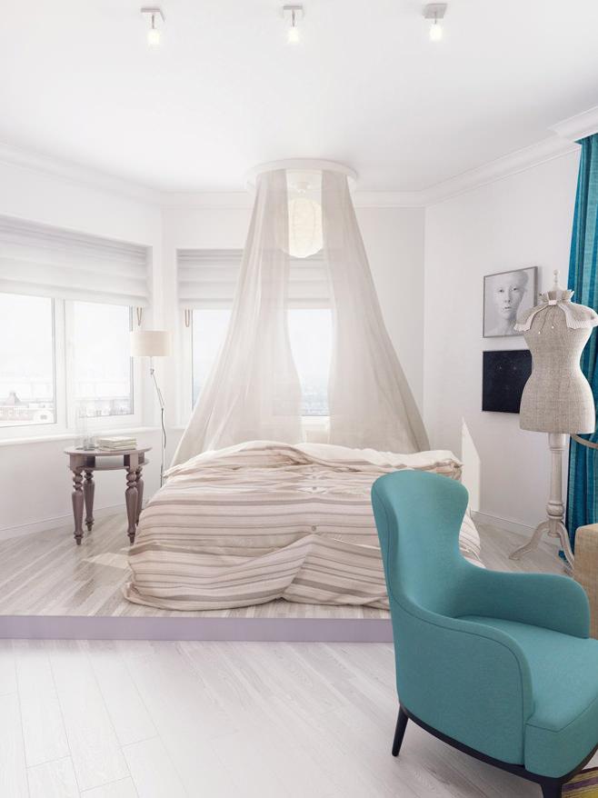 Кровать с балдахином в спальне светлой квартиры для девушки