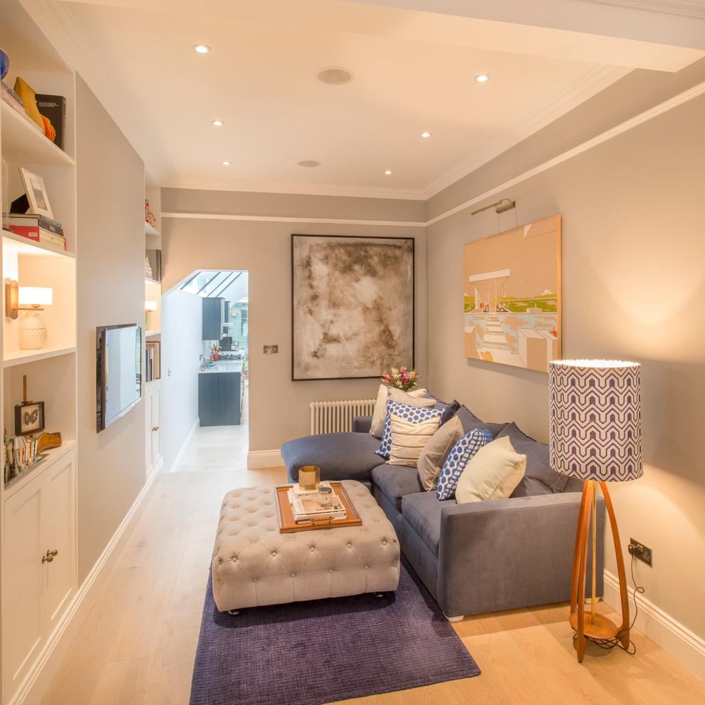 Угловой диван увеличивает пространство гостиной