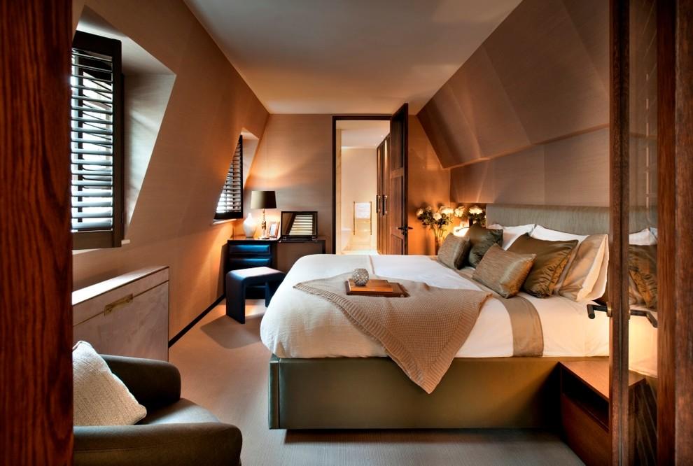 Увеличение пространства в мансардной спальне