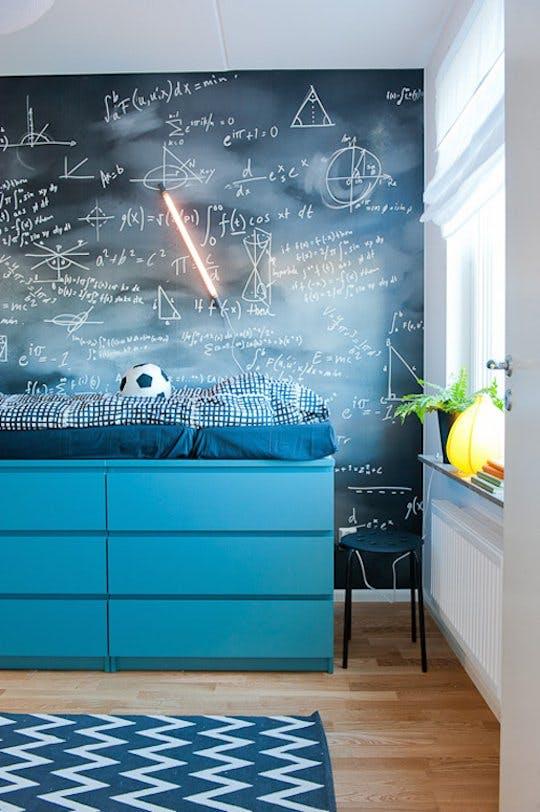 Системы хранения для увеличения пространства в спальне