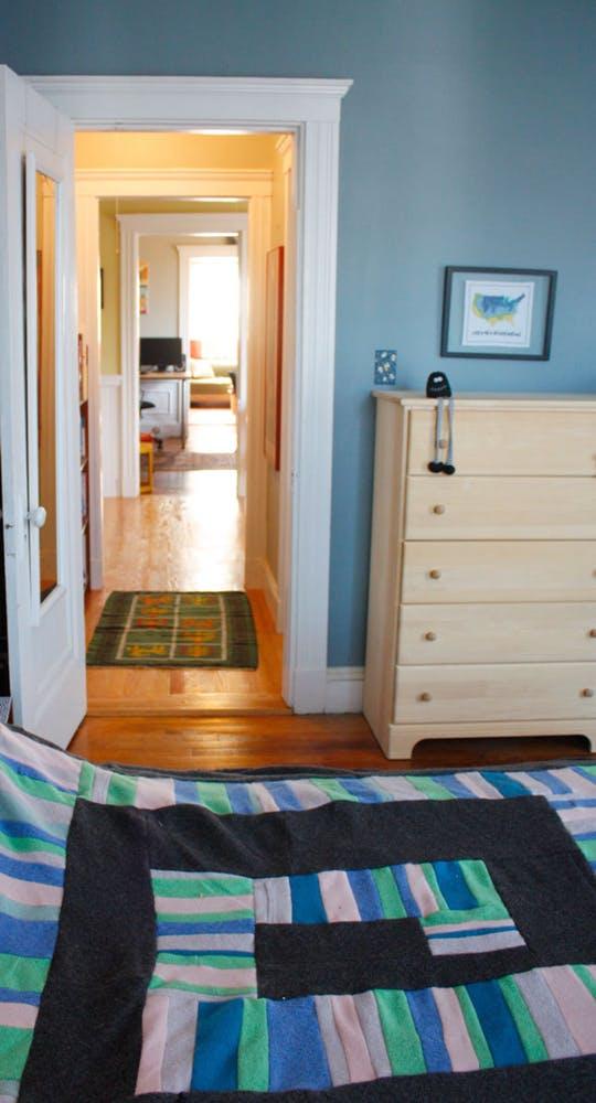 Уютный дизайн маленькой квартиры - фото 25