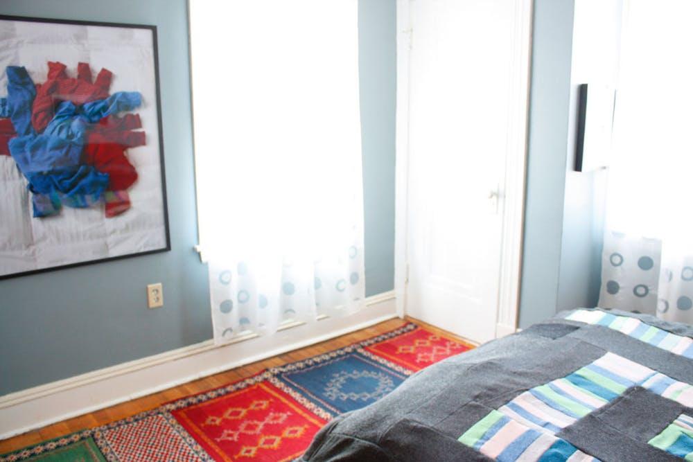 Уютный дизайн маленькой квартиры - фото 27