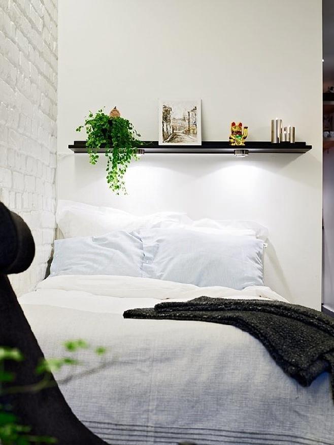 Спальное место в квартире-студии в Швейцарии