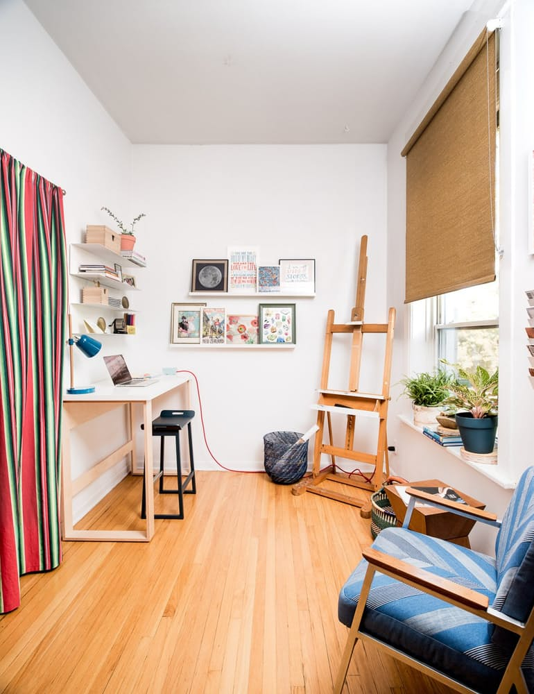 Уютный интерьер квартиры в светлых тонах - фото 14