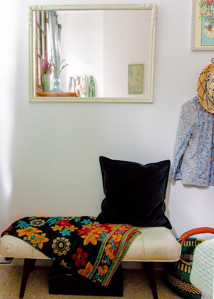 Уютный интерьер квартиры в светлых тонах - фото 17