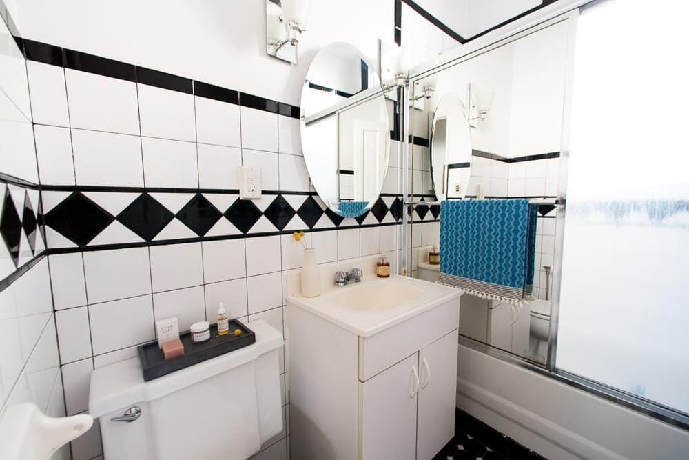 Уютный интерьер квартиры в светлых тонах - фото 21