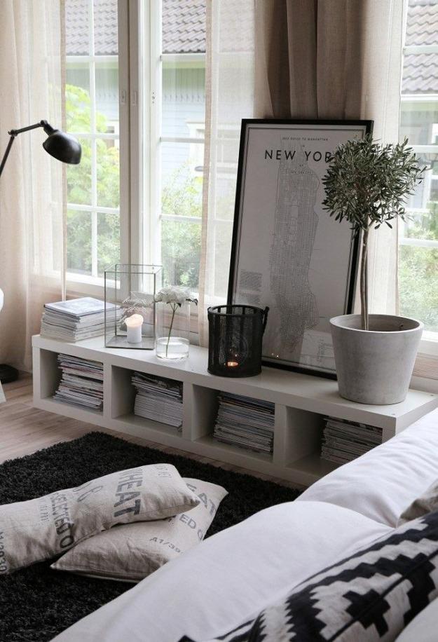 Консольный столик в гостиной