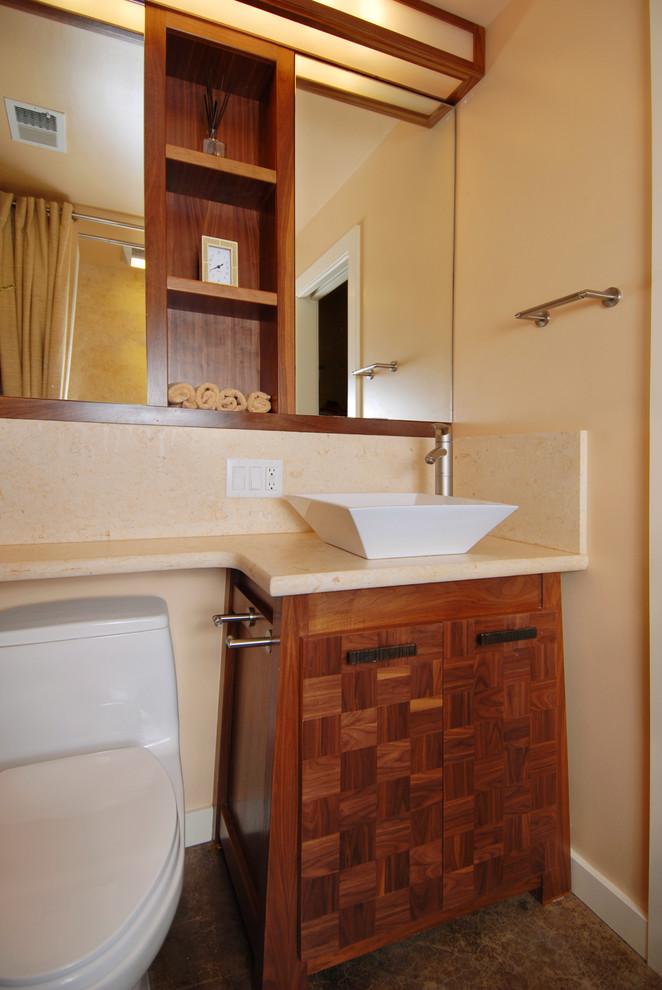 Встроенный модуль в ванной
