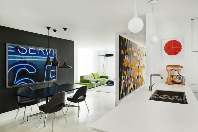 Яркий интерьер квартиры открытой планировки