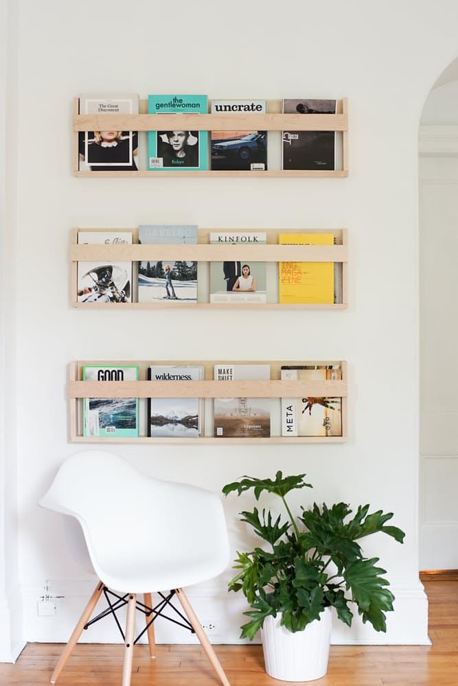 Книжные полки в скандинавском интерьере