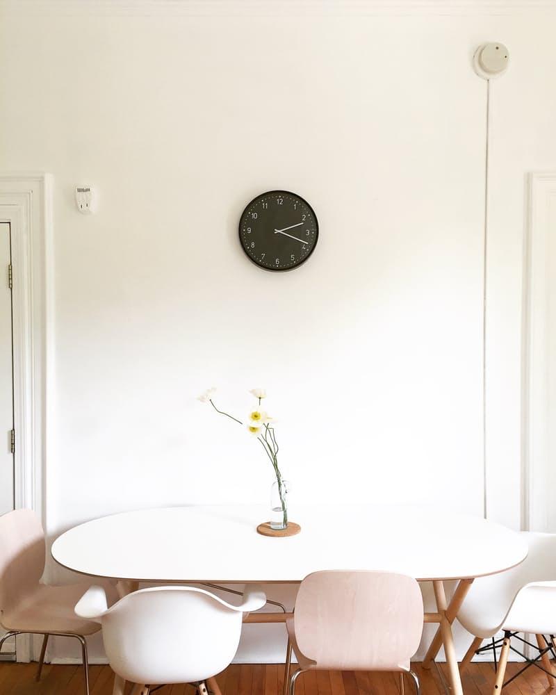 Интерьер столовой в скандинавском стиле