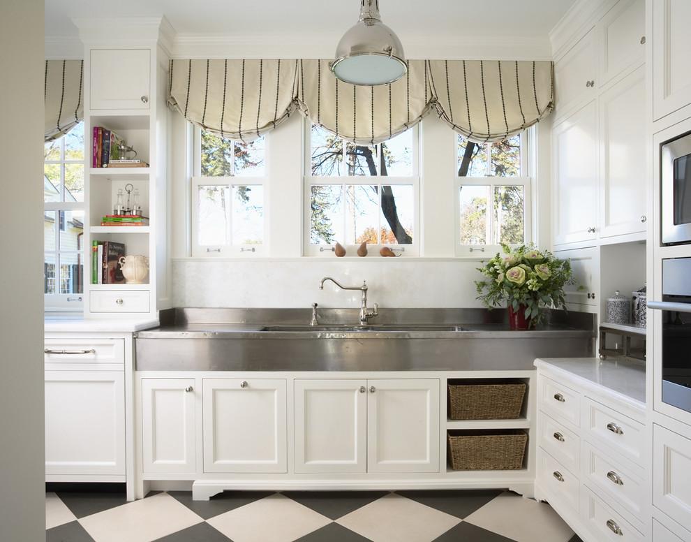Кухонные шкафчики в разном стиле