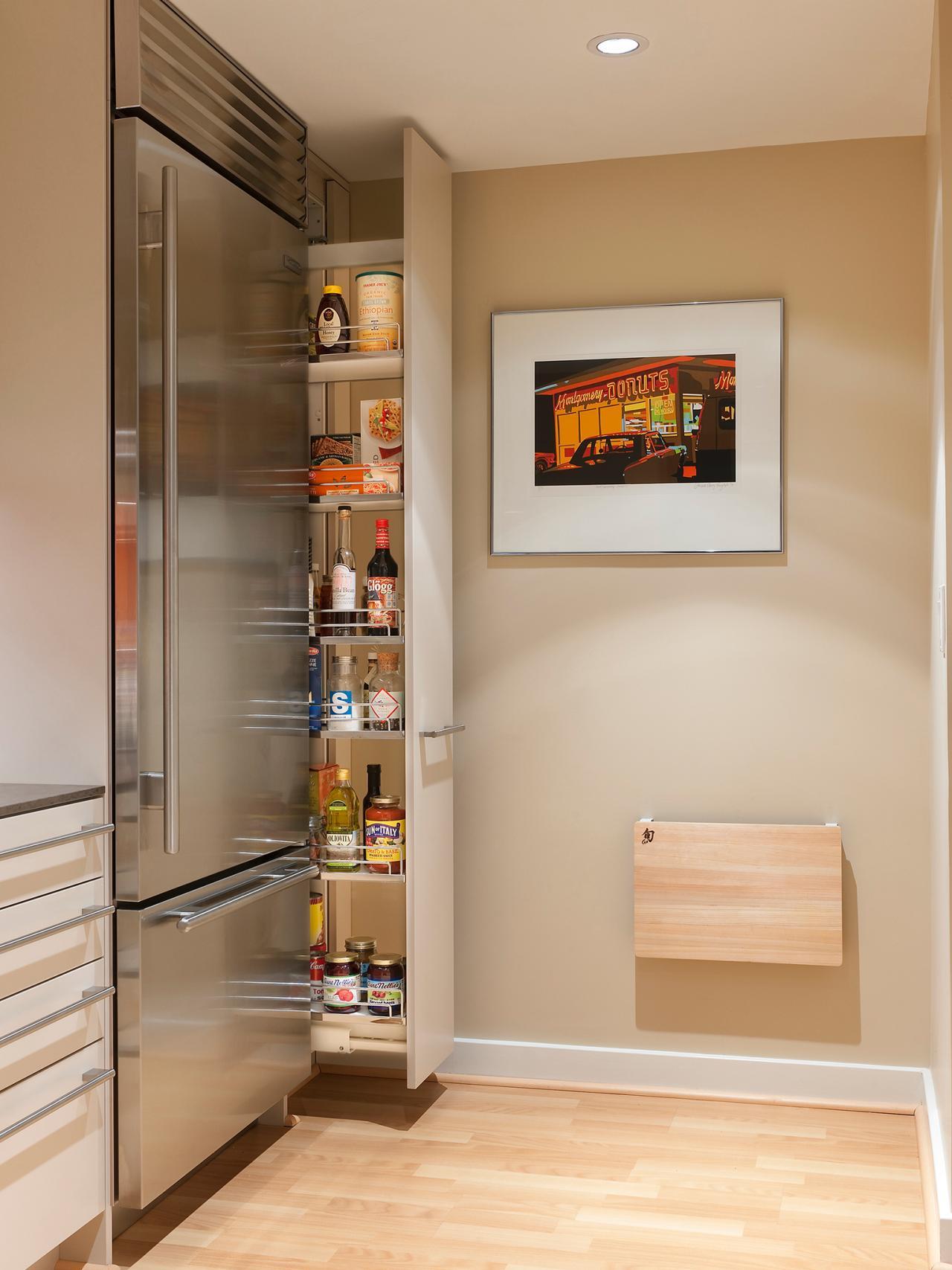 Выдвижной ящик на кухне