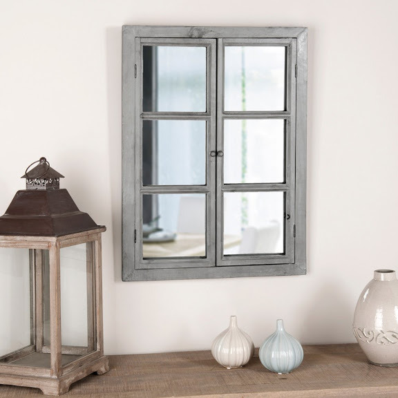 Зеркальное фальш-окно