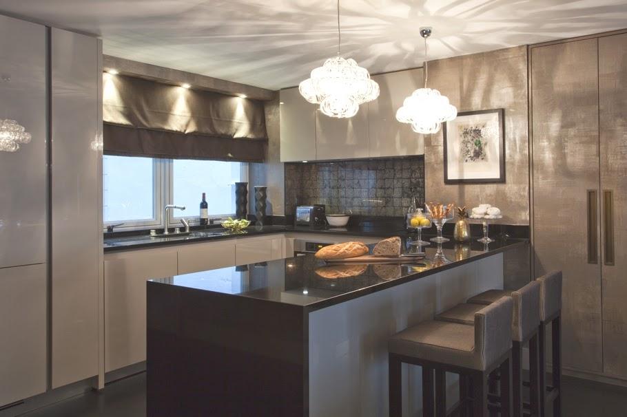 Кухонная зона в холостяцкой квартире